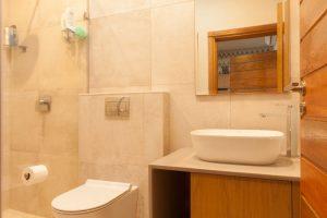 residential interior design Naidoo main bedroom bathroom