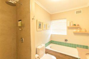 residential interior design Brookes bathroom 3